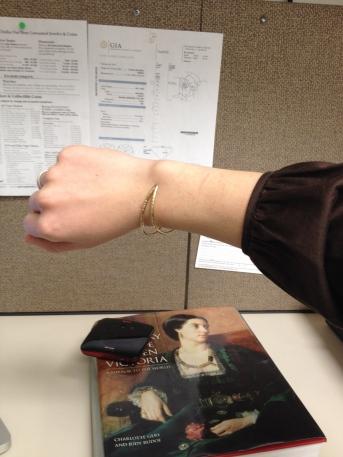 Sometimes the bracelet does slide to the inside